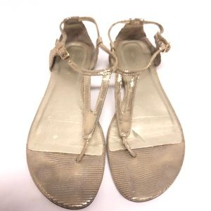 Banana republic gold T strap sandals 7.5